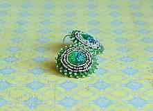 Chartreuse earrings n.2