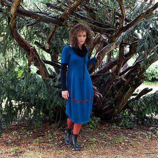 1161ac94aebc LÁRY- barevné pletené šaty s dl.rukávem   NAVARILA - SAShE.sk ...