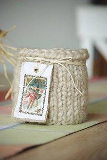 Svietidlá a sviečky - Zimný - vianočný svetríkový svietnik - 5858959_