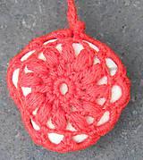 Dekorácie - Červená závesná kamenná dekorácia - 5860225_