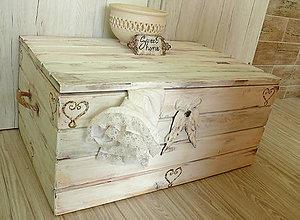 Nábytok - Obrovská Vintage angel truhlica :) - 5872818_