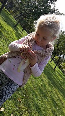 Detské oblečenie - Dievčenská vesta - 5874618_