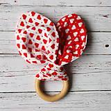 Hračky - Drevené hryzátko pre bábätko Valentínske - 5878361_