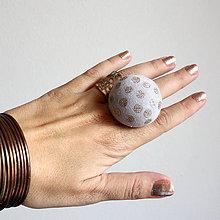 Prstene - Mushroom button ring - oversize prsteň z buttonu ručne maľovaný - 5877868_