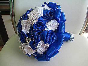 Kytice pre nevestu - svadobná kytica s brošňami - 5878399_