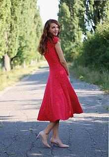 Šaty - Šaty Midi bodkované - 5879612_
