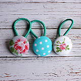 Detské doplnky - DETSKÉ gumičky do vlasov s buttonkami Tyrkysové s kvietkami - 5893941_