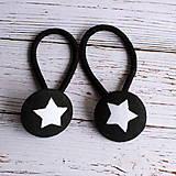 Detské doplnky - Gumičky do vlasov s buttonkami Čierna s hviezdičkami 19mm - 5894050_