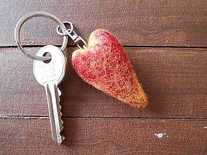 Kľúčenky - Prívesok na kľúče- srdce - 5899850_