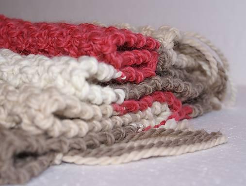 Veľký vlnený šál