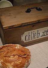 Drevený chlebník