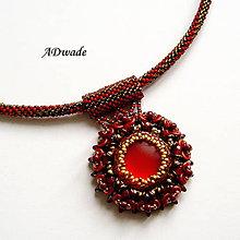 Náhrdelníky - Korálkový náhrdelník Scarlet eye - 5921441_