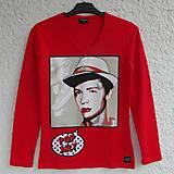 Tričká - Dámské tričko Man in the Hat - 5920467_