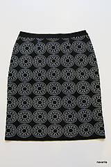 Sukne - BIRDINA - pletená sukně nad kolena - rovná - 5926992_