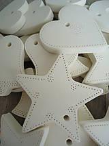 Dekorácie - Ozdoby vianočné biele 20 ks - sada Basic - 5931366_