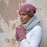 pink grey kulichová