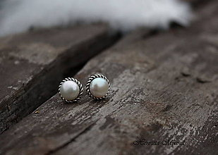 Náušnice - napichovačky biele perly (L) - 5937572_