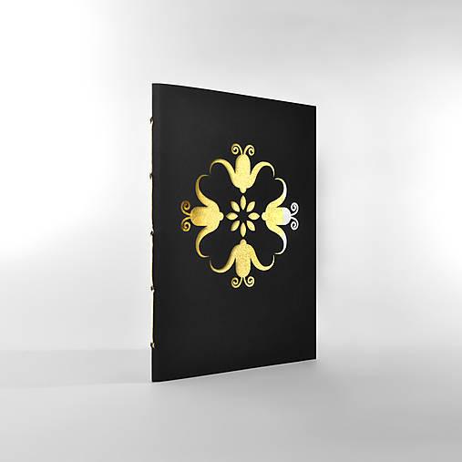 Papiernictvo - zápisník zvončekmi vyrezávaný • zlatý - 5939834_