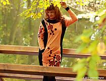 Šaty - Šaty úpletové s vreckami, farbené a maľované VÔŇA ZEME - 5944333_