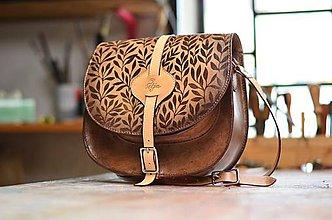Kabelky - kabelka kožená lovecká /saddle bag ARTEMIS S REMIENKOM, hnedý antique, vzor Bylinky - 5951707_