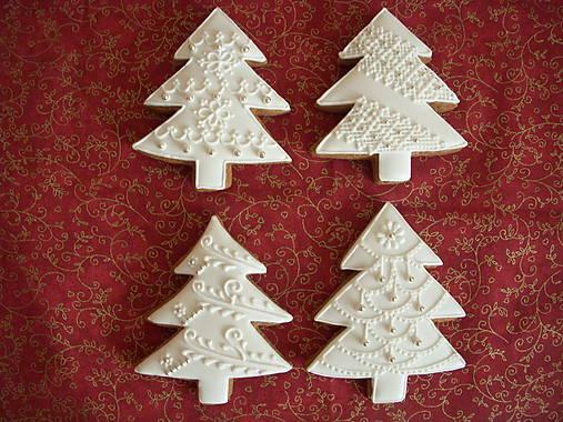 Dekorácie - medovníkový vianočný stromček - 5959560_