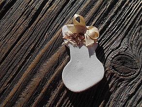 Dekorácie - romantické vianoce/čižmička zdobená drôtom a krajkou - 5969467_