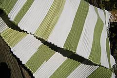 Úžitkový textil - Olivovo-biely koberec - 5975288_