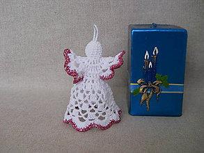 Dekorácie - Háčkovaný anjelik ružový - 5978494_