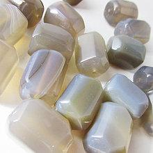 Minerály - Achát Cubo sivý / 20x15x15mm - 5982588_