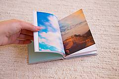 Papiernictvo - Látkový zápisník s kalendárovými predelmi - 5985374_