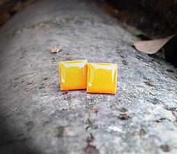 Náušnice - Štvorčeky 10 mm (oranžové) - 5994899_
