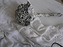 Svadobná kytica z mojej kolekcie v štýle Shabby chic