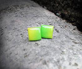 Náušnice - Štvorce 10 mm dúhové - 6004979_