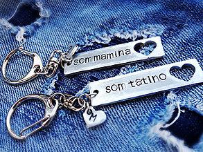 Kľúčenky - SOM TATINO / SOM MAMINA :)) / 2mm hrúbka / objstranne razený / cena za 2ks + 2x skoba - 6010725_