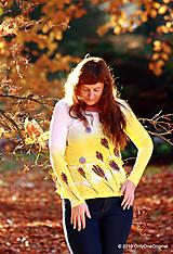 Tričká - Dámske tričko batikované a maľované ŠAFRÁNIK - 6009683_