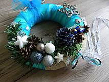 Dekorácie - vianočný veniec na dvere - pani ZIMA - 6012121_