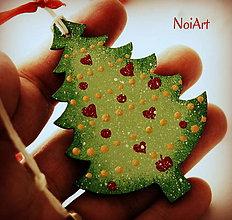 Dekorácie - Vianočná ozdoba Stromček zasnežený - 6023250_