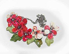 Náhrdelníky - kvetinový náhrdelník vanilka s malinami - 6035663_