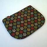 Taštičky - Barevné kytičky na černé - taštička - 6040879_