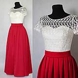 Šaty - Spoločenské šaty so skladanou sukňou a tylovou krajkou - 6043927_