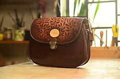 - kabelka kožená PASPULA  vzorovaná mahagón - 6071648_