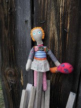 Hračky - Gombíková bábika miluje stromy... - 6070340_