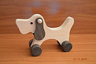 Hračky - Psík drevený na kolieskach - 6069640_