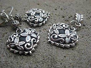 Sady šperkov - Biele kvietky v čiernom - sada č.335 - 6072948_