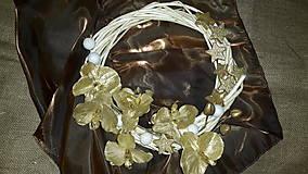 Dekorácie - AKCIA Vianočný  veniec Zlatá  orchidea - 6091260_
