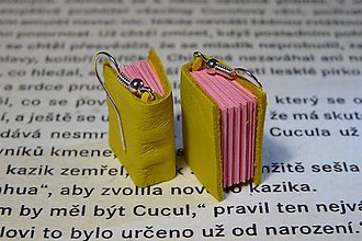 Náušnice - Good look with book / yellow and pink - 6088393_