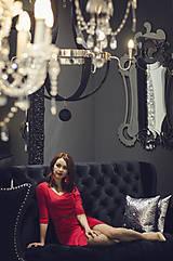 Šaty - Červené úpletové šaty s rásporkom - 6088990_