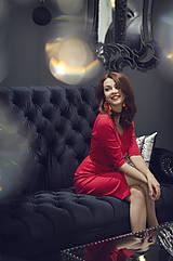 Šaty - Červené úpletové šaty s rásporkom - 6088994_