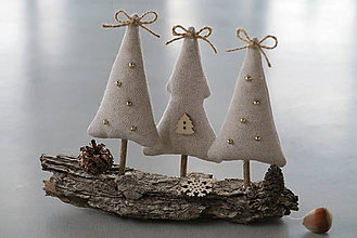 Dekorácie - Vianočné stromčeky na kôre - 6093336_
