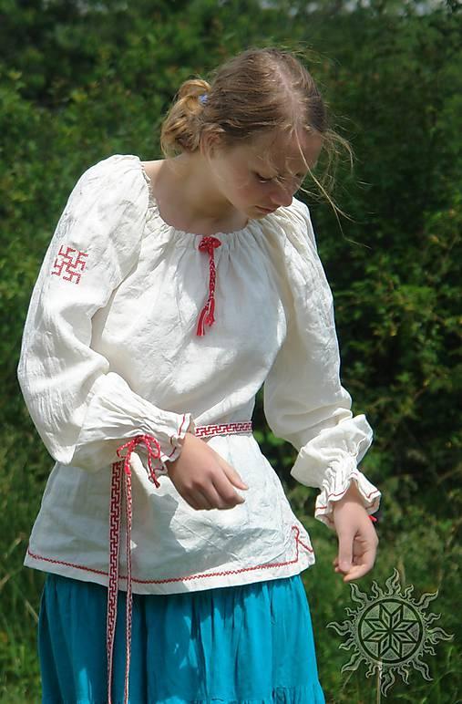Košieľka ženská ľanová Ladomíra vyšívaná